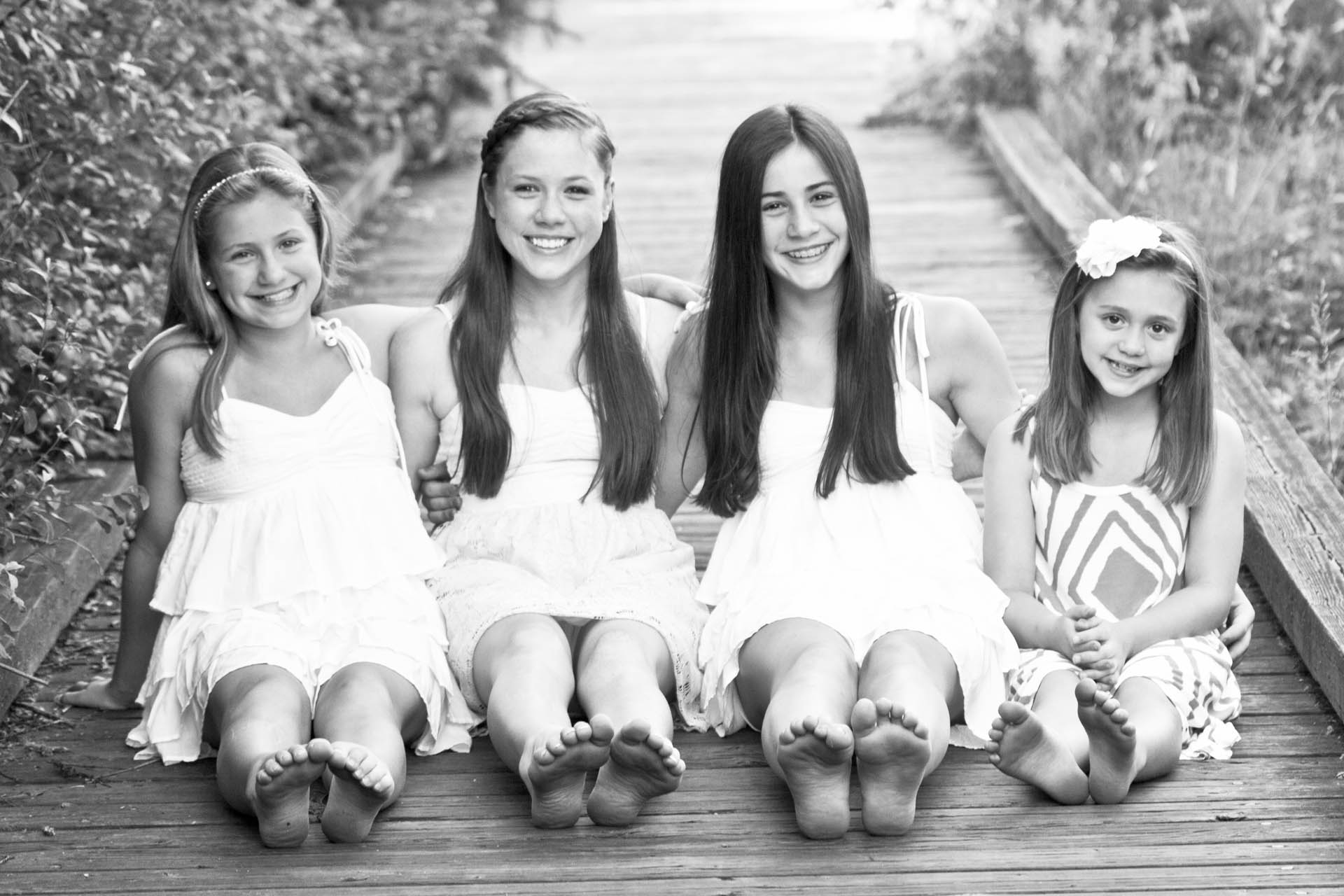 Girls together family & Senior Portraits Seattle